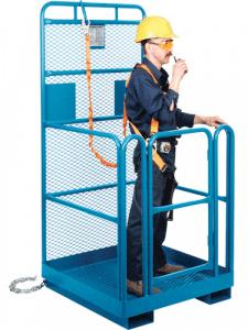 Lanyard Harness on Platform with man
