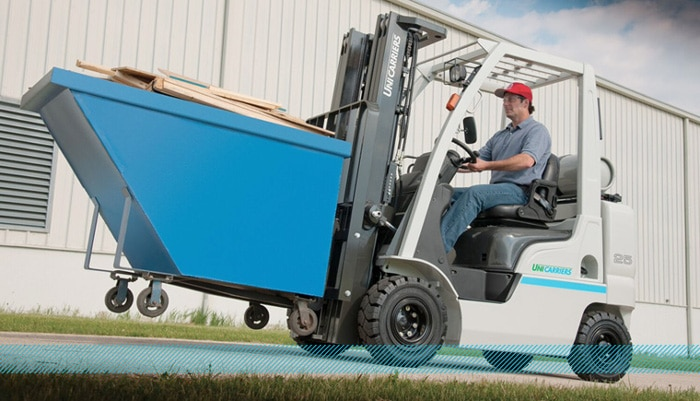 Unicarriers Platinum II Pneumatic Tire Forklift