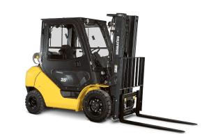 Komatsu FG25T-16 Forklift with cab