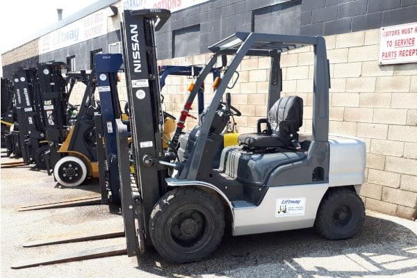 Nissan Pneumatic Forklift